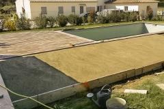 Réalisation piscine et dallage piscine, dalles béton imitation bois sur Aix-en-provence